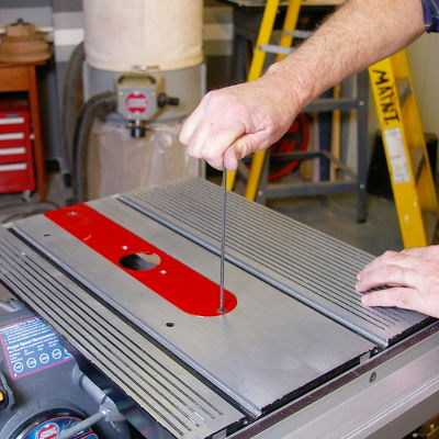 Install Router Table Insert