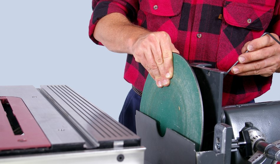 Shopsmith change from tool to tool in seconds for 10 inch sanding disc table saw