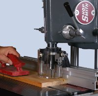 Full featured router table