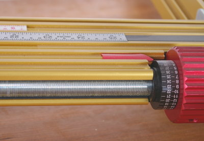 Full-Length Precision Steel Lead Screw Positioning Element